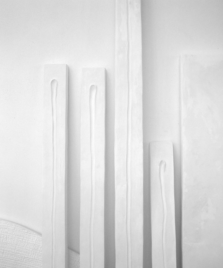 Prasto, Lines©, 2007; Ceramic plaster, variable sizes